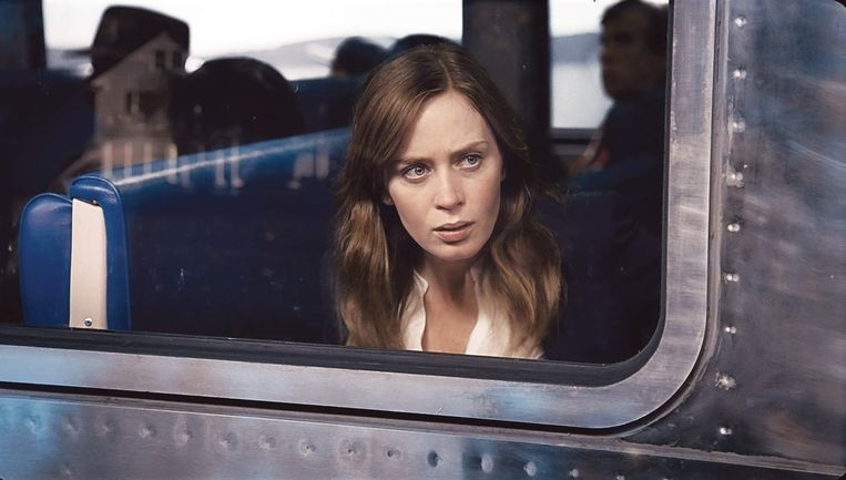 Emily Blunt in 'The Girl on the Train'. Beeld