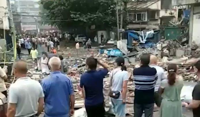 Doden en gewonden na enorme explosie in Chinese woonwijk.