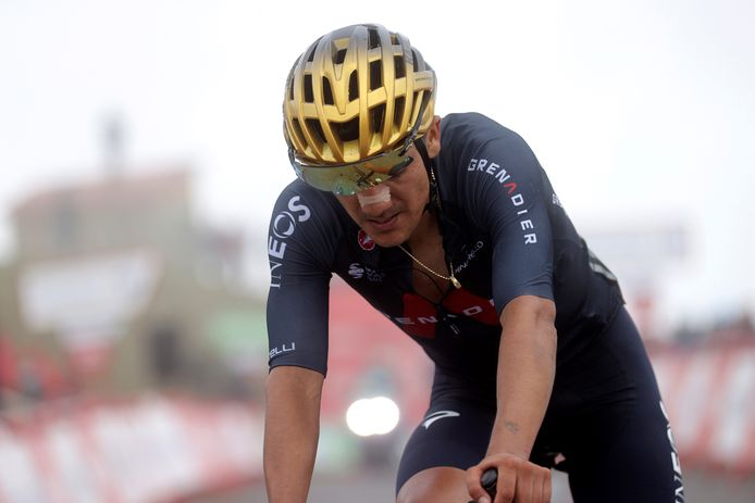 Richard Carapaz, met gouden helm, kon geen indruk maken in de Vuelta.