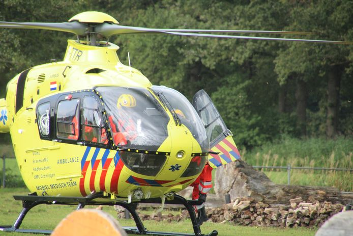 Onder andere een traumahelikopter ging op het incident af.