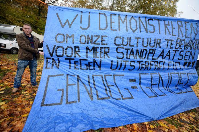 Herman Hendriks strijdt voor meer standplaatsen voor woonwagens in Enschede.