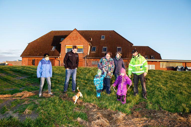 De familie van Nommen Kruse (vrouw Steffi, moeder Ruth en 4 kinderen).  Beeld Hilde Harshagen