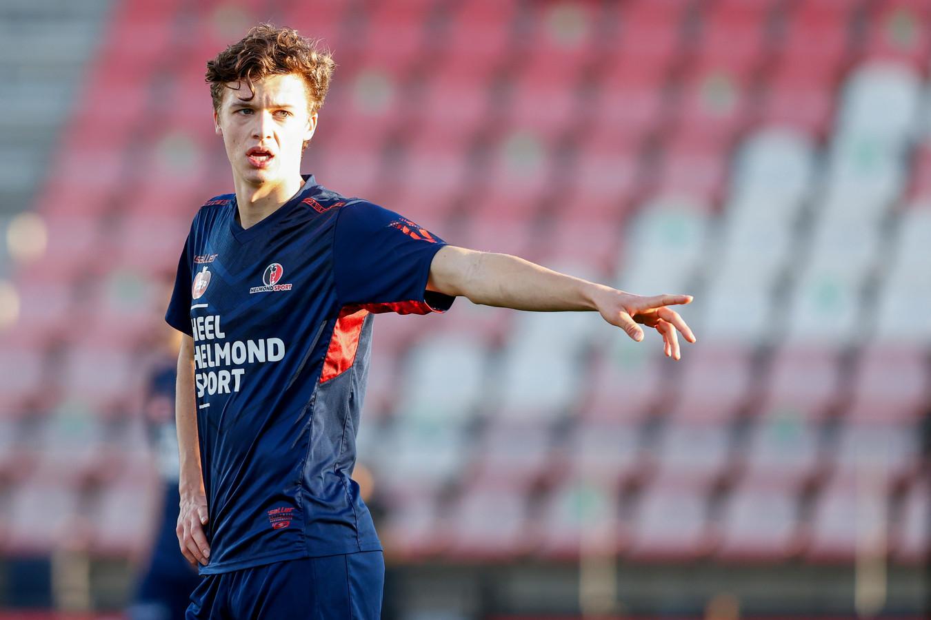 KV Mechelen-huurling Maxime De Bie keert tegen SC Cambuur weer terug in de basis bij Helmond Sport, dat gaat ten koste van Orhan Dzepar.