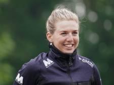 Sneltrein Elisa Dul uit Oene verrast met overwinning in skeelermarathon