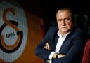 Fatih Terim was er al bij als trainer toen Galatasaray in 2000 de UEFA Cup won, hij is nu bezig aan zijn vierde periode als hoofdtrainer bij Cim Bom Bom.