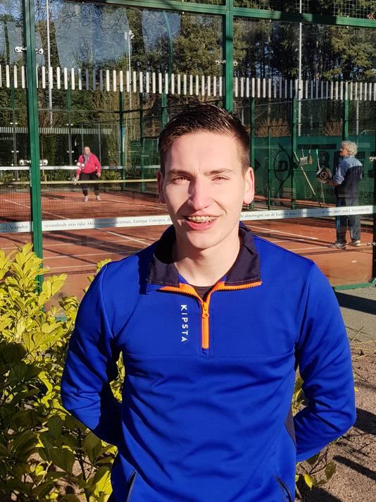 """Thom Janssen (23) uit Teteringen: ,,Het is vooral een leuk spelletje tussendoor."""""""