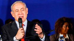 """Netanyahu wil niet reageren op raketaanval in Syrië: """"Misschien waren het de Belgen"""""""