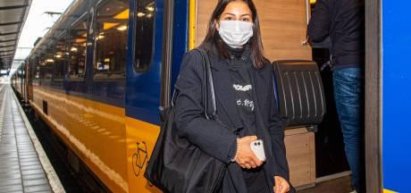 Reizigers vinden dat Amersfoort letterlijk op zijspoor wordt gezet: 'Dit is een grote stad en hoort aangesloten te zijn op Amsterdam Centraal'
