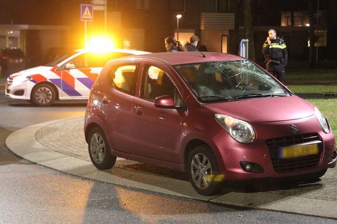 Een fietser werd vanavond geschept in Apeldoorn.