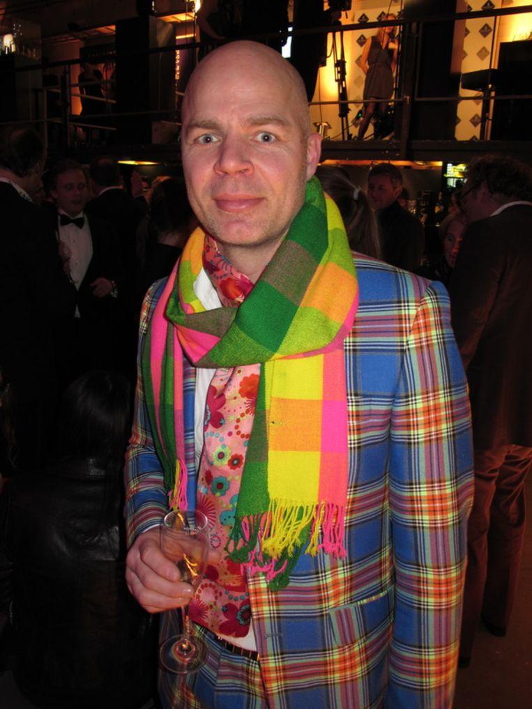 Ton Joling werkt op de kostuumafdeling van De Nederlandse Opera. <br /><br /> Beeld null