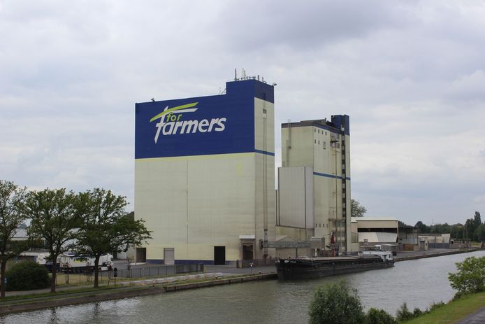 Veevoederproducent ForFarmers sluit eind 2022 de Ingelmunsterse vestiging.