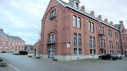 """Asbest ontdekt in Brusselse politiekazerne: """"Er moet dringend een onderzoek komen in àlle gebouwen"""""""