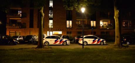 Vrouw (65) zwaargewond aangetroffen in woning Breda, partner verdacht van poging doodslag
