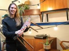 Laura verkoopt vintage meubels met nieuwe bekleding: 'Je kunt stof kiezen die past bij jouw huis'