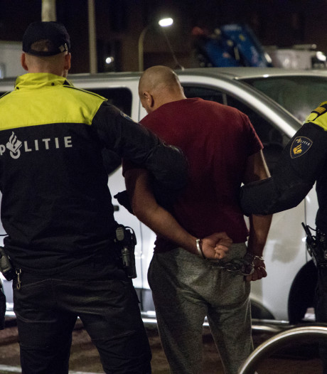 Gestolen pistolen tijdens inval Ypenburg teruggevonden