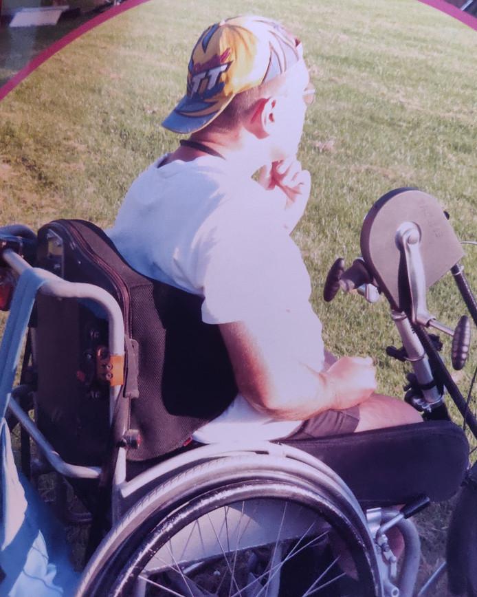 De op maat gemaakte rolstoel van Joris de Kok is spoorloos.