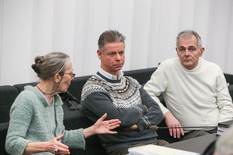 Alle drie de artsen werden vrijgesproken. Vlnr: Godelieve Thienpont, Frank D.G., en Joris Van Hove.