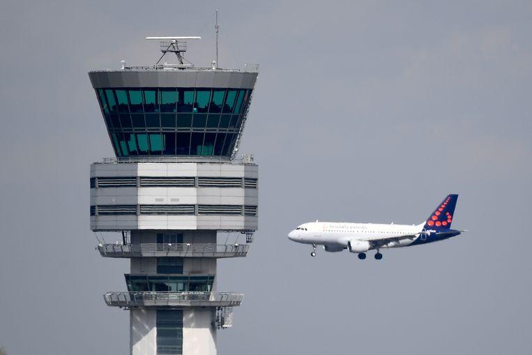 De Skeyes-controletoren op de luchthaven van Zaventem. Beeld BELGA