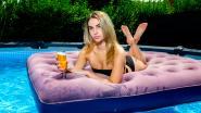 """Temptation-verleidster Angelique (23) op internationale cover Playboy: """"Er is niets mis met porno, maar Playboy is het níet"""""""