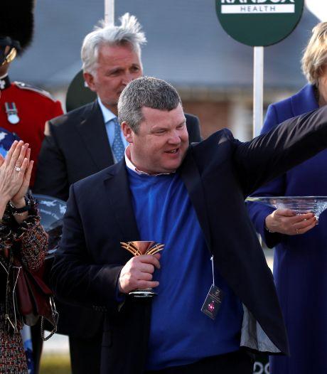 Jockey en trainer zitten op dode paarden, Ierse paardensport in ernstige verlegenheid