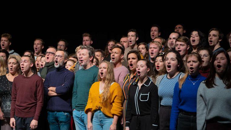 De musicalacteurs brachten een versie van Les Misérables. Beeld VRT