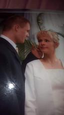 De trouwfoto van Marcin en Monika.