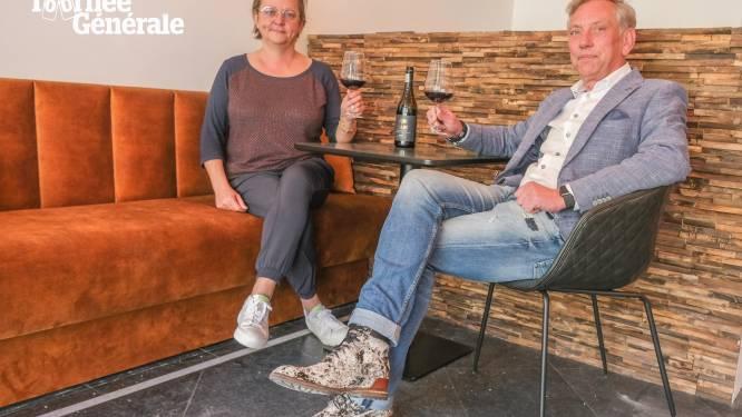 """Overbekeplein verwelkomt kunst- en wijnbar In Vino Veritas: """"Bij ons kan je zelfs oranje wijn proeven"""""""