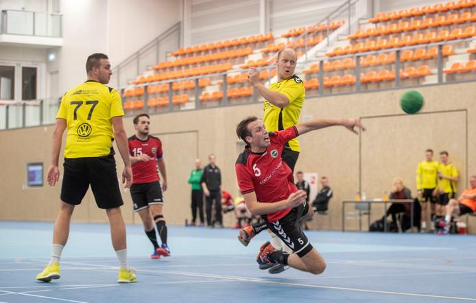 Wel handbal, maar geen wereldkampioenschappen volleybal in de Van der Knaaphal in Ede.