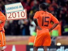 De curieuze kopbal van Edson Braafheid in de WK-finale