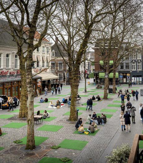 Nieuwsoverzicht   Joost Boons is voor altijd 'patiënt nul' - Picknicken als protest in Breda