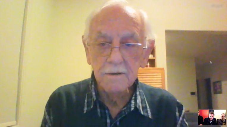 Michael Innes Walker (85), neef van kapitein 'Jack' Walker, via Skype Beeld RV