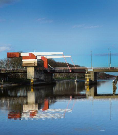 Weer werk aan Sloebrug in Vlissingen