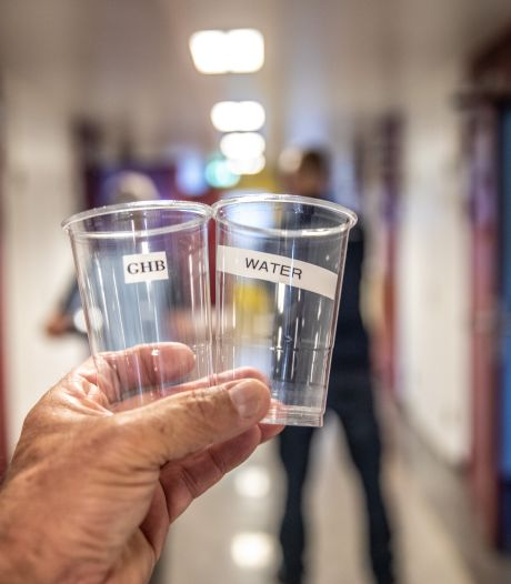 Een bekertje cola met GHB in de kliniek brengt B. uit Almelo weer terug bij af