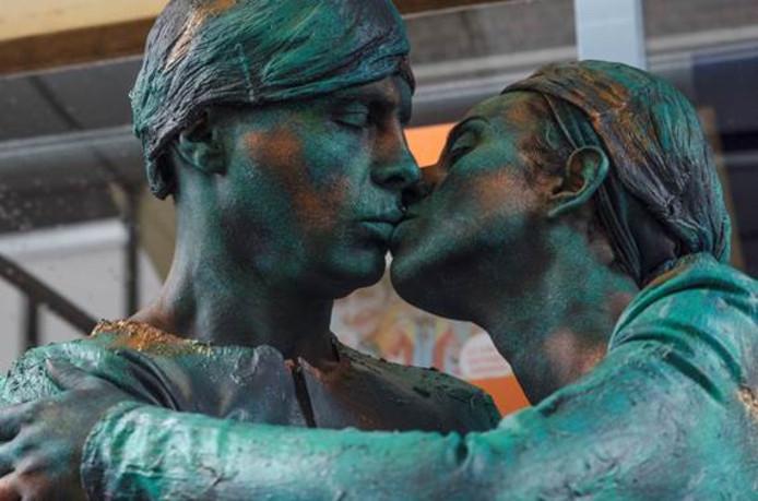 Vitor Almeida en partner uit Portugal sleepten de hoofdprijs in de wacht van het allerlaatste World Living Statues Festival in Arnhem.