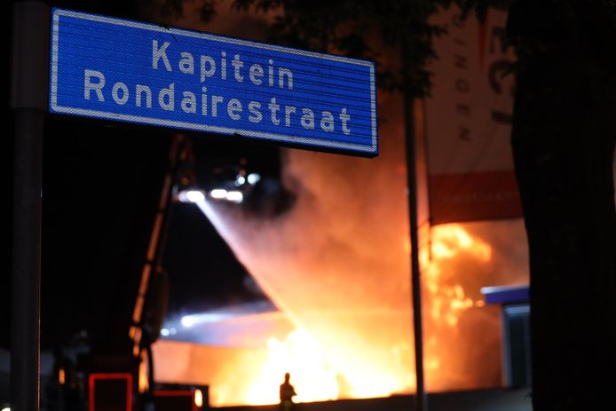 Brand in bedrijfsverzamelgebouw in Tilburg.