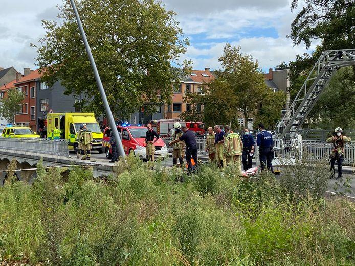 De hulpdiensten kwamen massaal ter plaatse na het ongeval