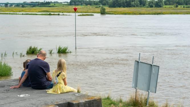 Ook Utrechtse dijken worden gecontroleerd: 'Een gat bij óns in de dijk zet half west-Nederland onder water'