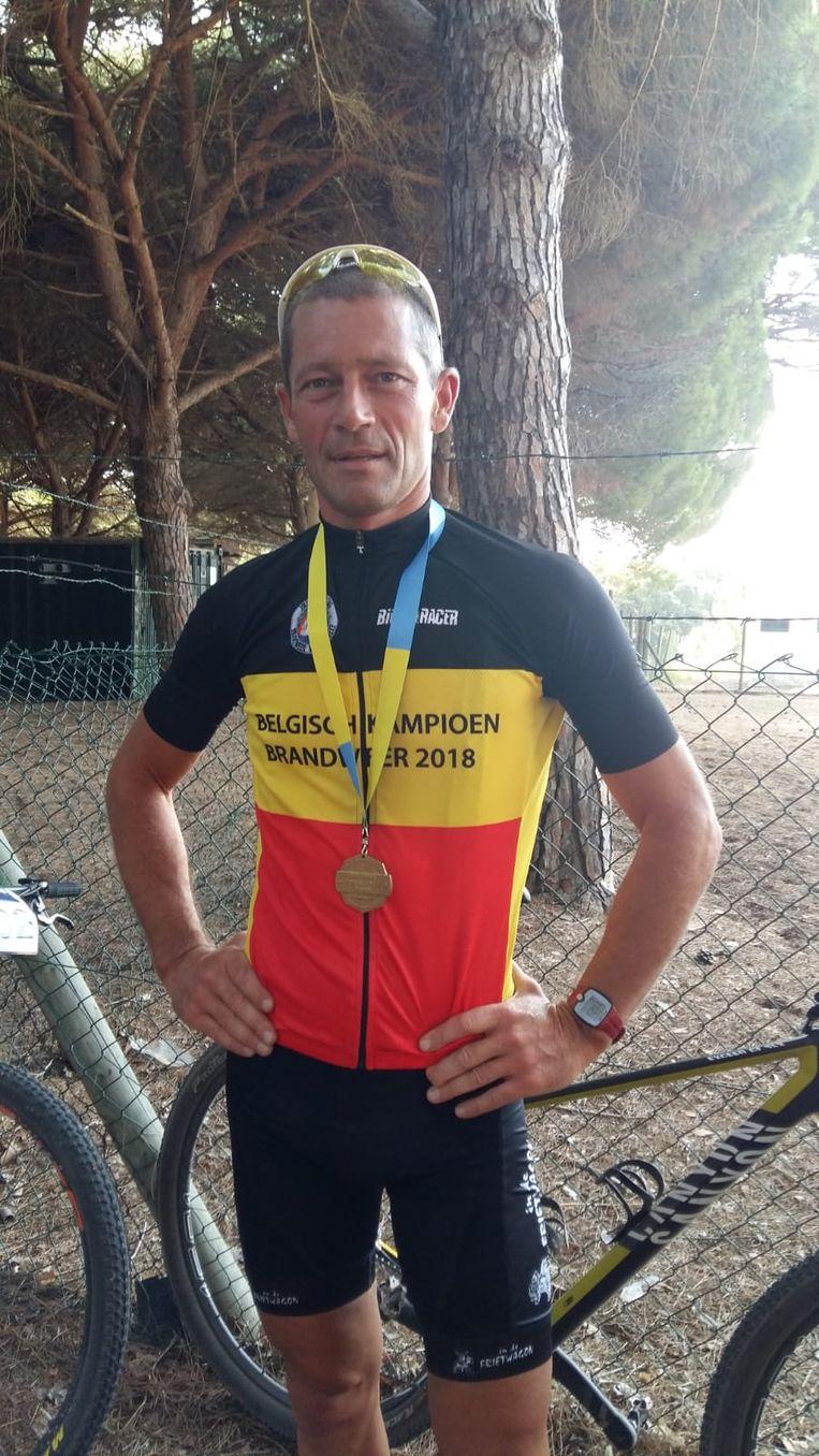 Europees en Belgisch Kampioen mountainbiken bij de brandweermannen Mark Vanhomwegen