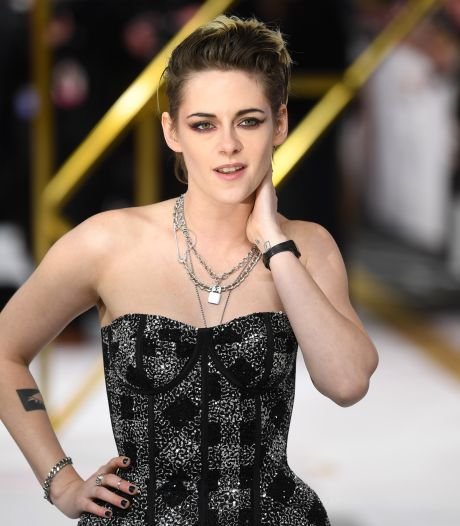 """Kristen Stewart """"intimidée"""" à l'idée d'incarner la princesse Diana au cinéma"""