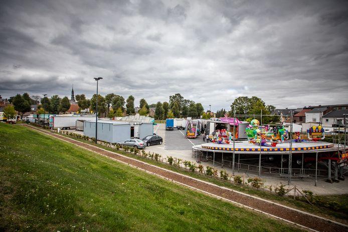 Een beeld van de opbouw van de kermis in 2019.