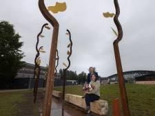 Kunstwerk 'Groen Goud' in Best eindelijk onthuld, wandelen door ode aan de populier