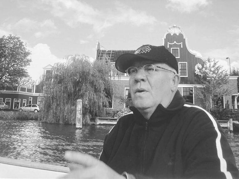 Aart Wevers maakte honderden documentaires over stedenbouw en architectuur voor AT5. Beeld Prive Archief