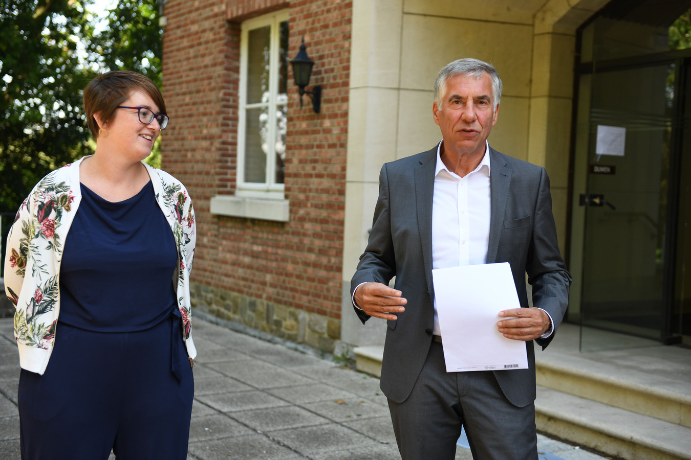 Schepen Lies Corneillie (Groen) hoopt dat meer mensen zullen kiezen voor solidair verhuren in Leuven. Carl devlies (CD&V) is dan weer de geestelijke vader van  de kotmadam-formule.