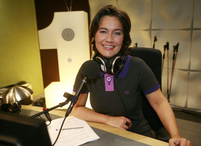 Dione de Graaff presenteert samen met Jurgen van den Berg de radio-uitzendingen rond de Tour de France van 2014. Beeld anp
