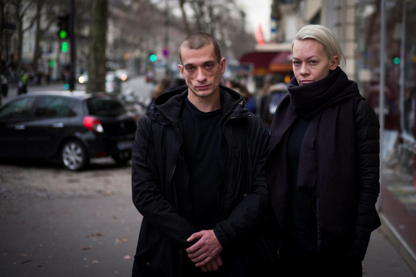 Piotr Pavlenski et son ex-compagne Oksana Chaliguina
