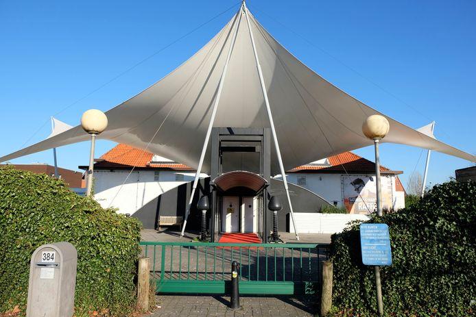 Een archiefbeeld van discotheek La Rocca. De iconische danstempel moet plaats ruimen voor een Jumbo warenhuis.