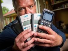 Vader Arjen uit Ruurlo strijdt tegen dure rekenmachines op school: 'Zakkenklopperij is het'
