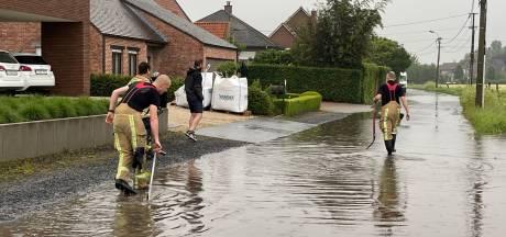 Brandweer heeft handen vol met oproepen van wateroverlast
