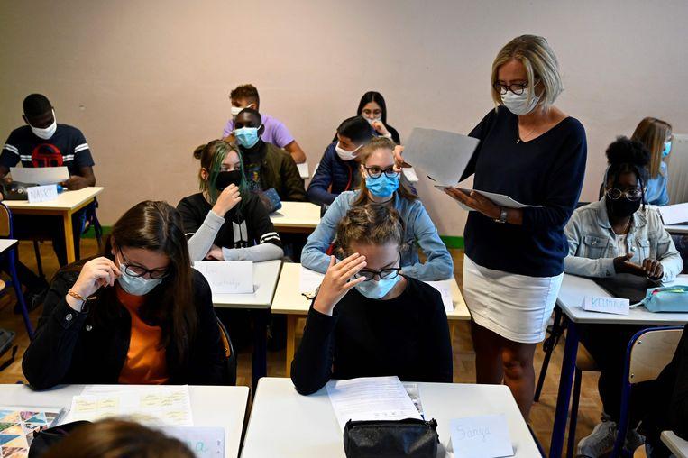 Franse leerlingen hebben in vergelijking met scholieren in andere Europese landen weinig onderwijsdagen gemist. Beeld AFP