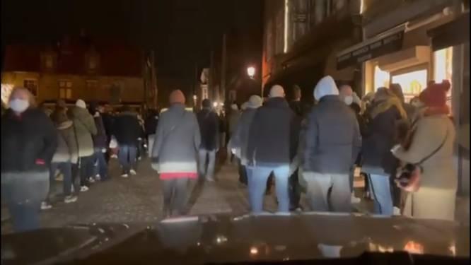 """Opnieuw over de koppen lopen op Wintergloed in Brugge, maar lichtspektakel wordt niet geschrapt: """"We volgen de situatie zéér goed op"""""""